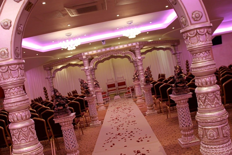 Mandap ceremony at The Auction House